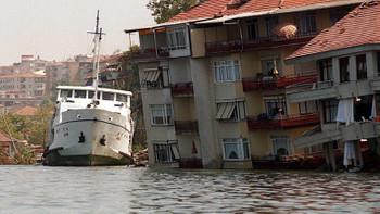 Türkiye'yi sarsan depremler