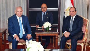İsrail neden Sisi'yi bırakmıyor?