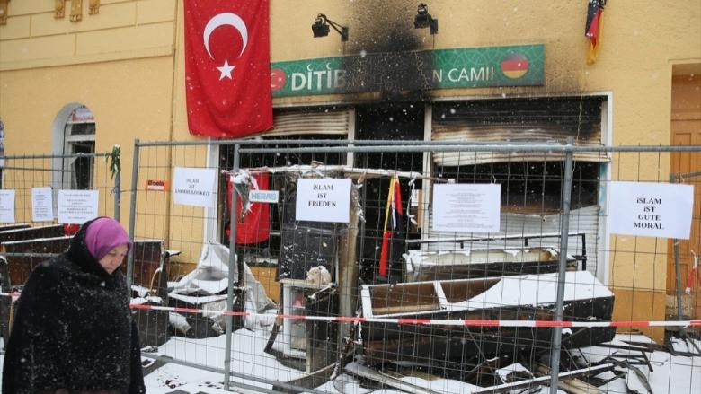 Almanya'da İslamofobik cami saldırıları