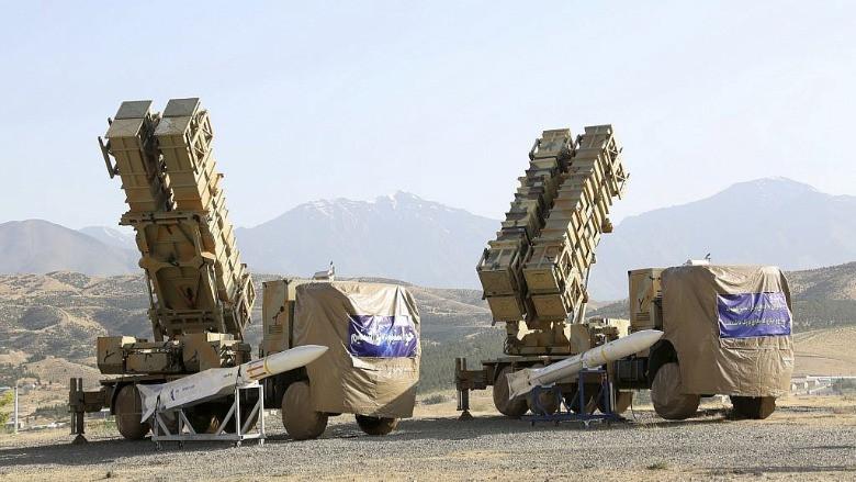 """İran'dan """"yerli"""" yeni hava savunma sistemi"""