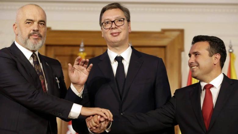 AB'ye karşı Küçük Schengen