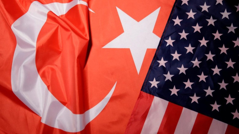 """""""Türkiye'yi seviyorum"""""""