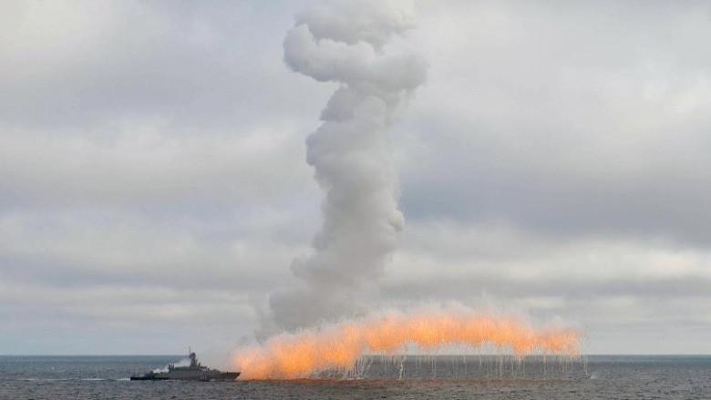 Rus ordusundan Karadeniz'de tatbikat