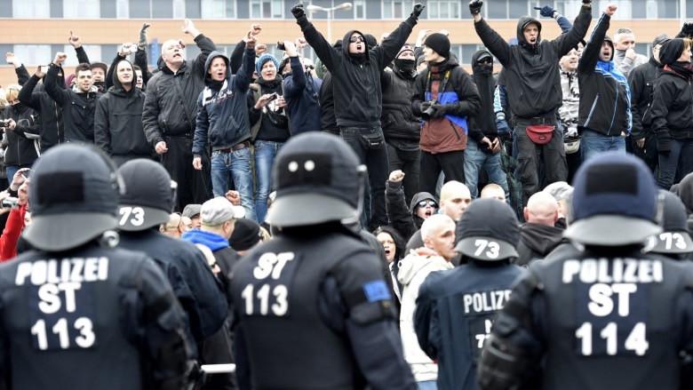 Avrupa'da yükselen 'aşırı sağ'ın sonuçları ne olacak?